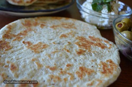 middle eastern flatbread recipe