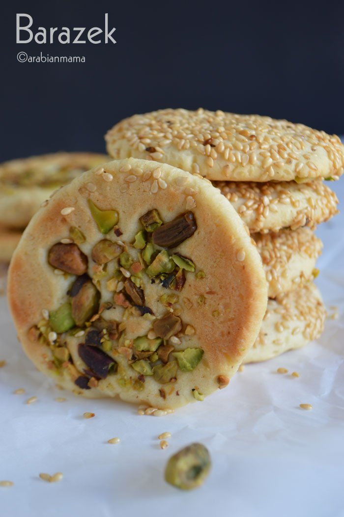 Crispy edges, chewy middle, sesame seeds on one side, pistachio chunks on the other ,this is how I can describe this delicious Syrian cookies.