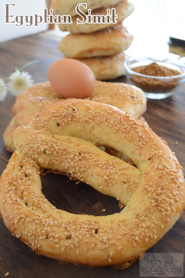 Egyptian Simit is a delicious, circular , sesame topped bread that is going to decorate your breakfast/dinner table.