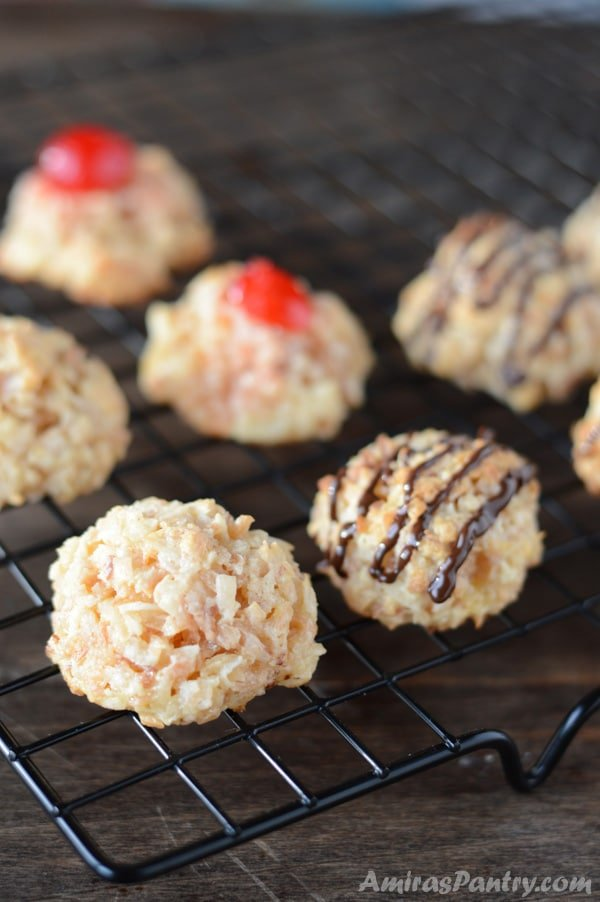 Crisp outside, soft and chewy inside, these toasted macaroons cookies are one of my bestest and guess what? this easy coconut macaroon recipe does not have condensed milk.