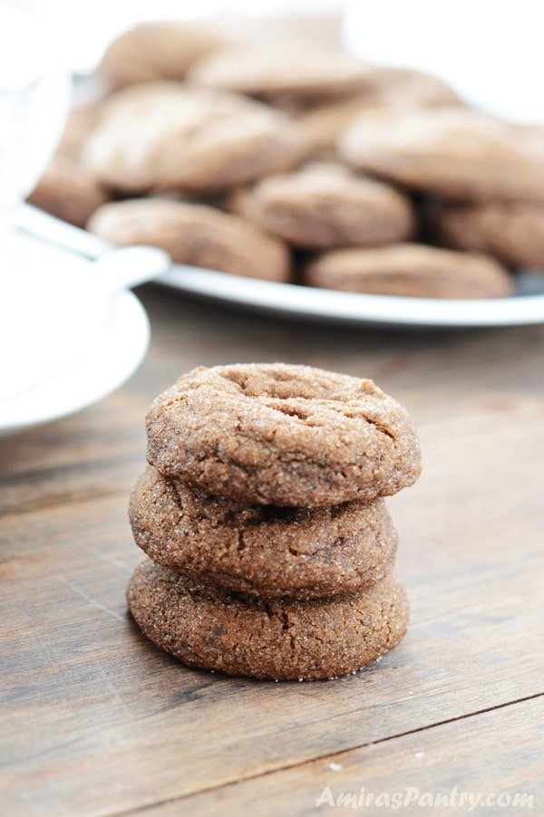 Soft And Chewy Ginger Molasses Cookies Amira S Pantry
