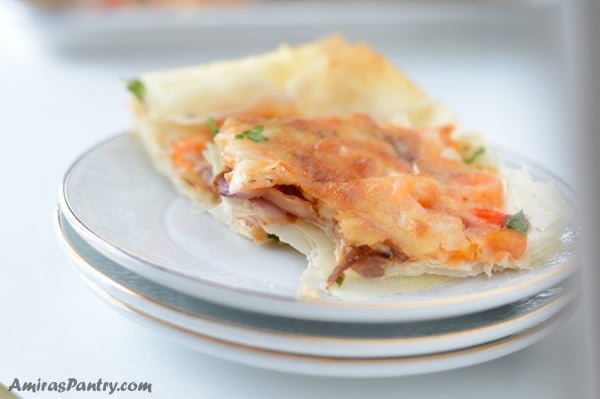 Phyllo dough pizza recipe with shrimp, a tasty and easy game day appetizer.