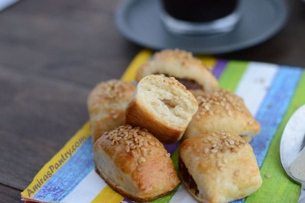 Tasty date filled cookies, this Egyptian Ara'eesh recipe can be made plain crunchy or soft. A perfect snack anytime of the day.