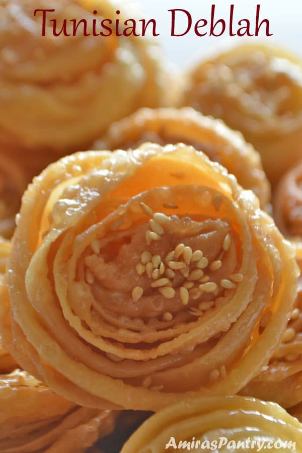 Lovely Tunisian dessert. The perfect flower you can get in the form of a dessert. So delicious easy and innovative dessert
