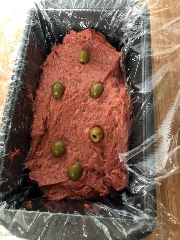 A photo showing a step making corned beef in a pan