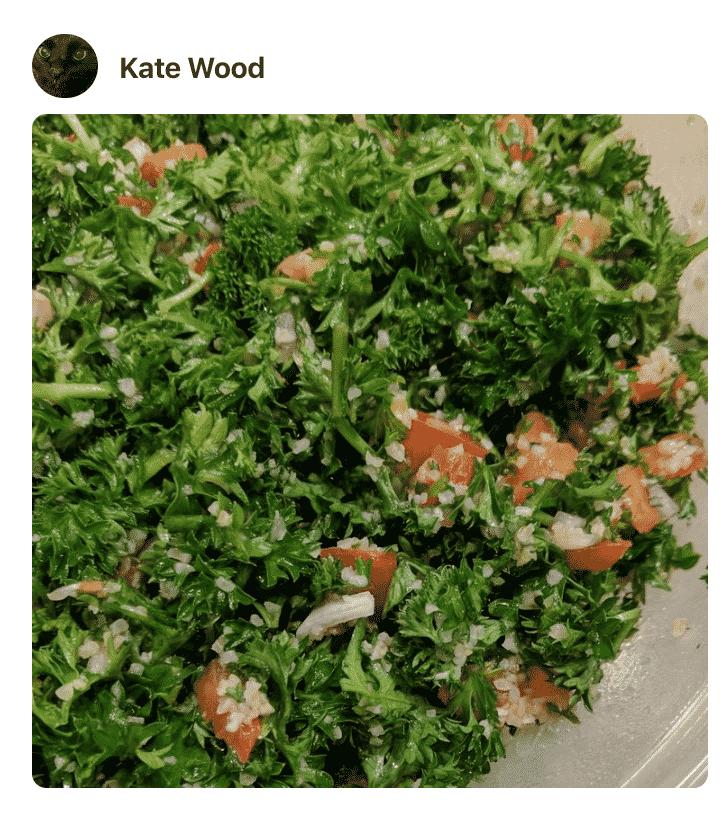 A bowl of salad Tabbouleh