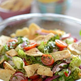 A bowl of salad, with Fattoush