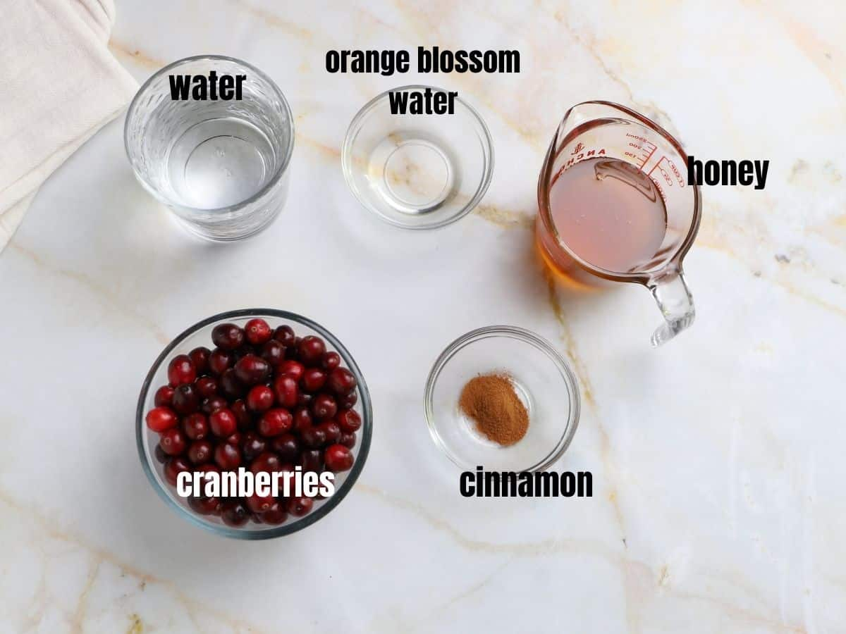 A photo showing ingredients for making Cranbery sauce
